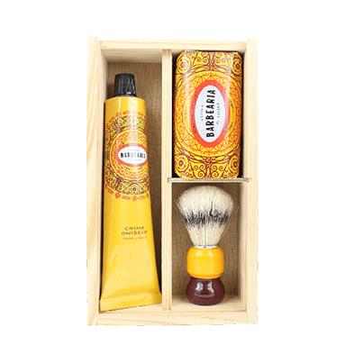 Antiga Barbearia de Bairro Ribeira Porto Box Shaving Kit